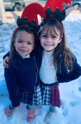 Cutie-pie twins